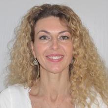 Frau Alexandra Reyes, Medizinisch-Technische-Assistentin und Medizinische Fachangestellte